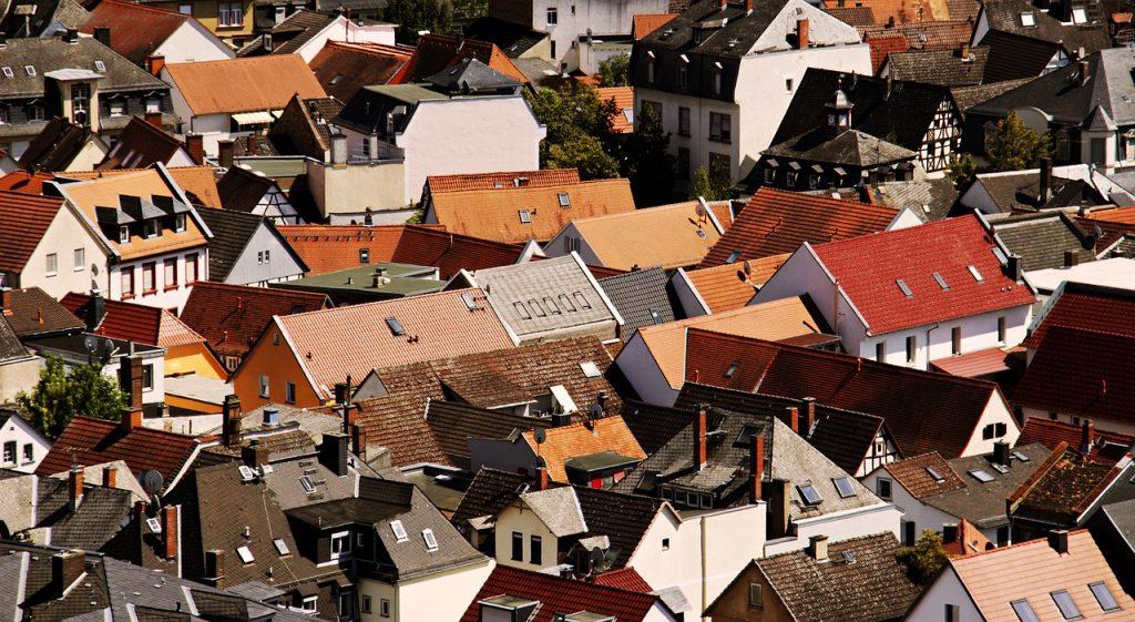 Zalety stosowania membran dachowych
