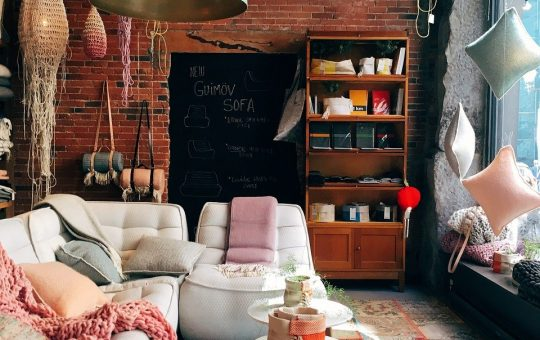 Jaką kanapę z funkcją spania wybrać?